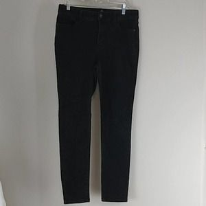 St John's Bay Skinny High Rise Black Jeans
